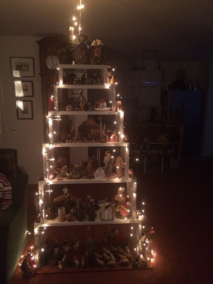 Tafelset ingericht als kerstboom